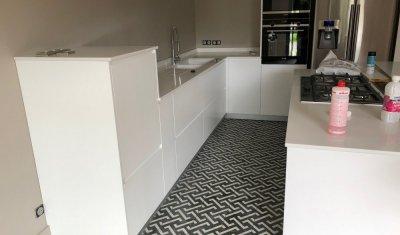 Rénovation d'une cuisine ouverte sur séjour à Saint-Didier-au-Mont-d'Or